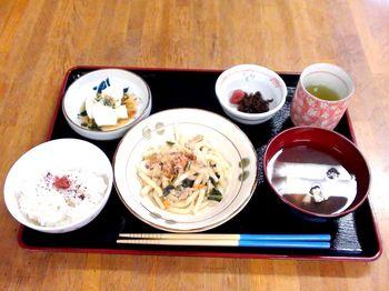 15.05.29昼食.JPG